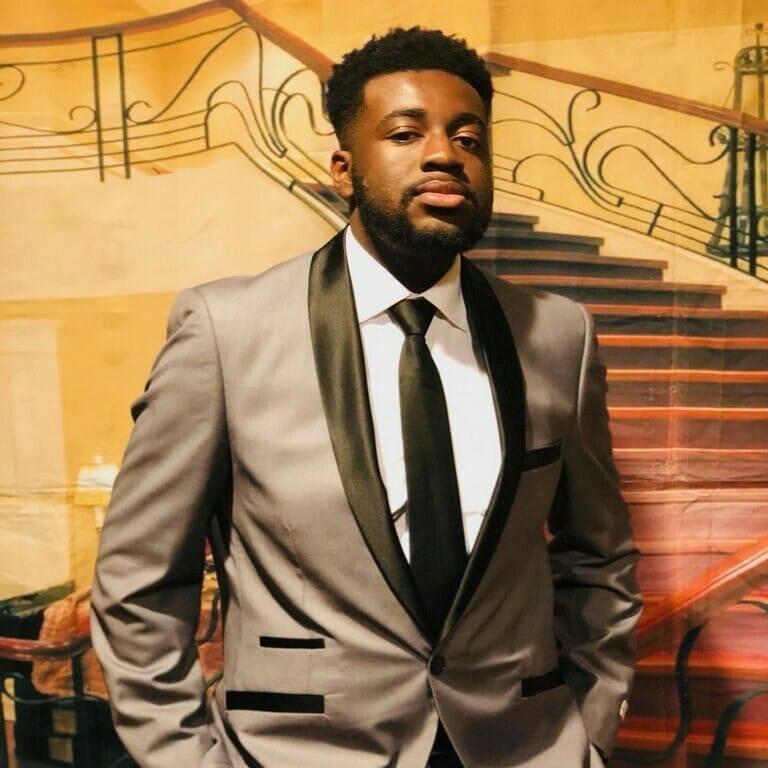 Artist Seeking Steady Career In North Charleston Sc Usa